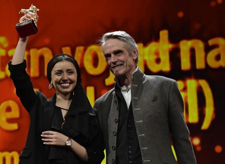 O júri, presidido pelo britânico Jeremy Irons, concedeu o prêmio máximo ao filme de Rasoulof, que aborda a pena de morte | Foto: Tobias Schwarz | AFP - Foto: Tobias Schwarz | AFP