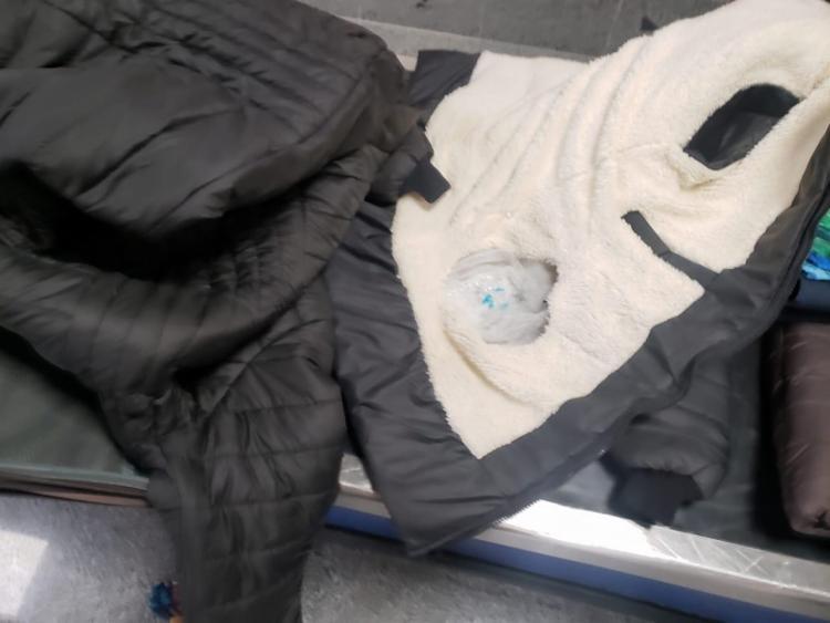 A droga foi encontrada em forro de roupas e casacos | Foto: Divulgação | PF - Foto: Divulgação | PF
