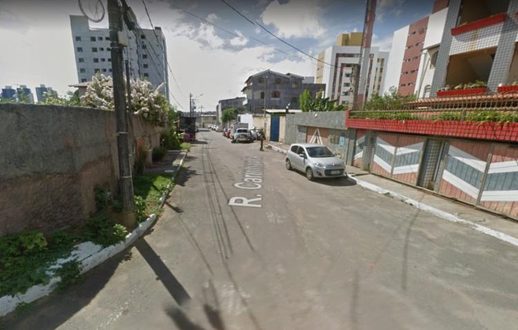 Incêndio ocorreu na localidade da Rua Carinhanha, próximo ao Detran | Foto: Reprodução | Google Maps - Foto: Reprodução | Google Maps