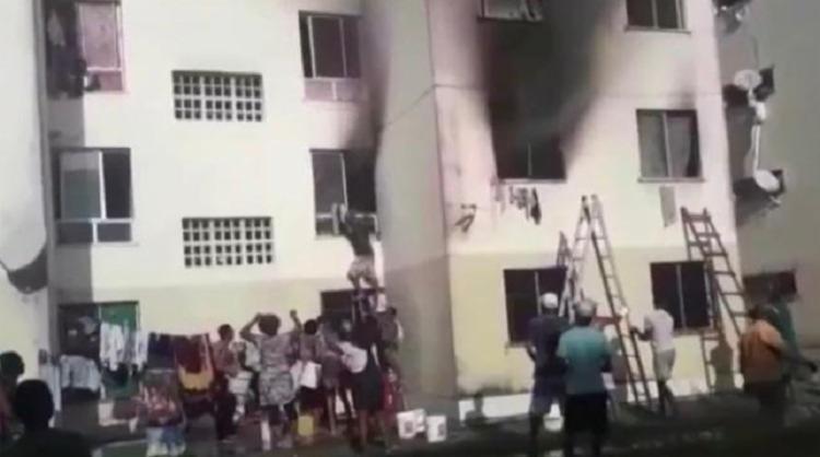 Oito pessoas moravam no imóvel, mas ninguém se feriu | Foto: Reprodução - Foto: Reprodução