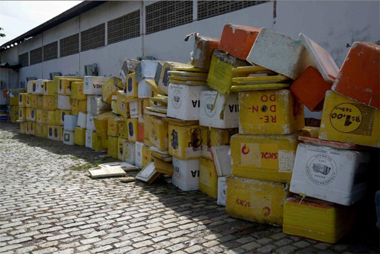 Cervejas de marcas divergentes do patrocinador oficial foram as principais apreensões feitas quinta e sexta - Foto: Inácio Teixeira (Secom-PMS)   Divulgação
