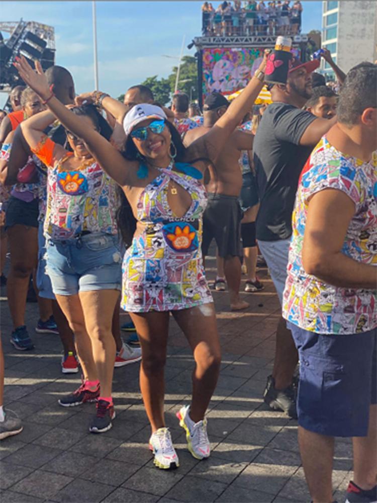 Luciana, alegria no Carnaval, ainda sem saber do corona | Foto: Rildo Santana | Divulgação - Foto: Rildo Santana | Divulgação
