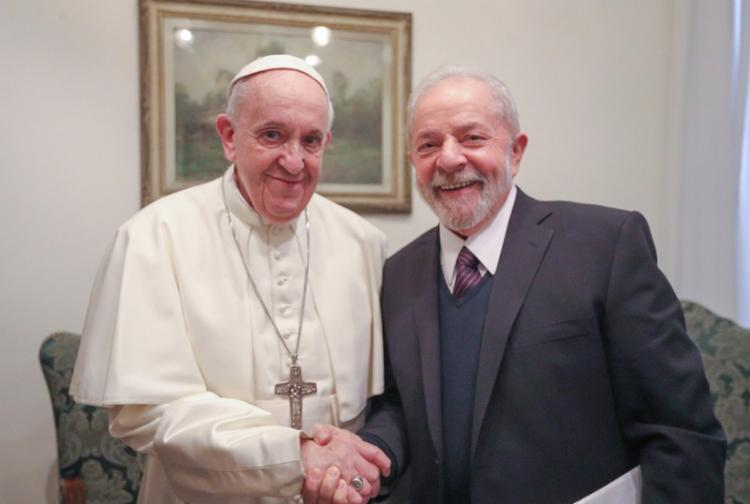 O anúncio da ida do ex-presidente ao Vaticano foi feito em janeiro pelo presidente argentino Alberto Fernández | Foto: Reprodução | Twitter - Foto: Reprodução | Twitter