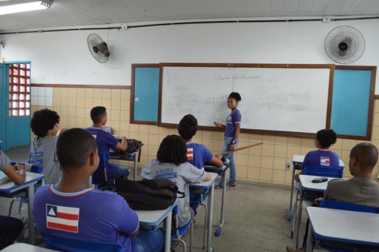 As aulas de monitoria acontecem no turno oposto ao qual os estudantes estão matriculados. - Foto: Josenildo Almeida_Divulgação