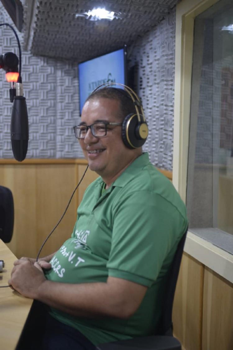 Professor Cícero da Silva Nascimento é o criador do projeto Resgatando o Saber - Foto: Shirley Stolze   Ag. A TARDE