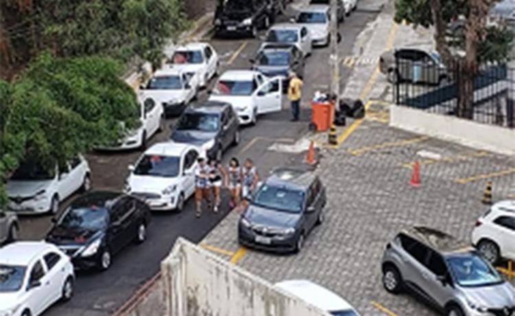 Moradores enfrentaram transtornos na rua Djalma Ramos | Foto: Albano Frederico Júnior | Divulgação - Foto: Albano Frederico Júnior | Divulgação