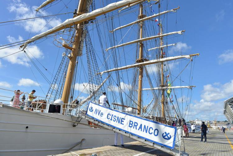 Embarcação permanece atracada no Porto de Salvador até este domingo | Foto: Shirley Stolze | Ag. A TARDE - Foto: Shirley Stolze | Ag. A TARDE