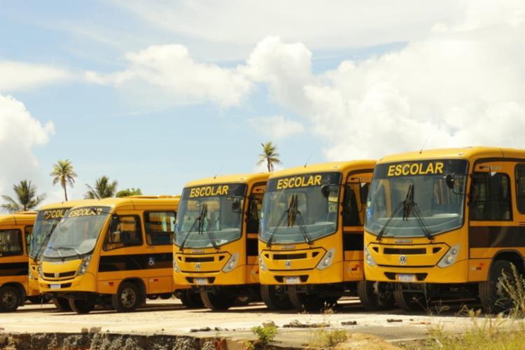 Os veículos, que irão atender aos estudantes das redes municipais e, também, os da rede estadual de ensino que moram nas zonas rurais, são de dois modelos: ORE 1 e ORE 3. - Foto: Divulgação