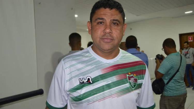 Pastor Tom tentou contratar o goleiro Bruno | Foto: Reprodução | Rota da Informação - Foto: Reprodução | Rota da Informação