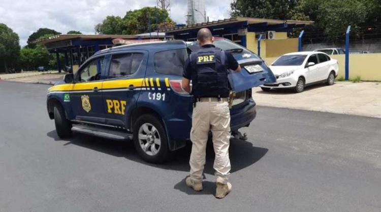 O mandado de prisão preventiva havia sido expedido pela 1ª Vara do Júri e Execuções Penais da Comarca de Teixeira de Freitas | Foto: Divulgação | PRF - Foto: Divulgação | PRF