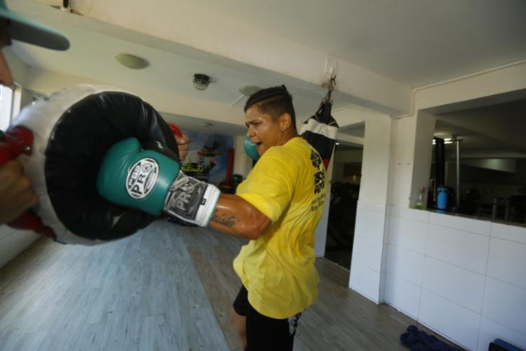 A boxeadora bronze nos Jogos Olímpicos de Londres-2012 conquistou o título mundial de 'segunda linha' no ano passado | Foto: Rafael Martins | Ag. A TARDE - Foto: Rafael Martins | Ag. A TARDE