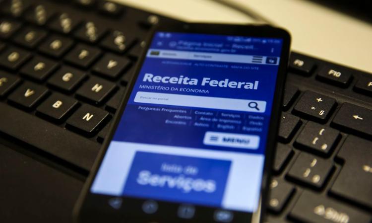 crédito bancário será feito para 116.188 contribuintes, somando mais de R$ 297 milhões | Foto: Marcello Casal Jr | Agência Brasil - Foto: Marcello Casal Jr | Agência Brasil