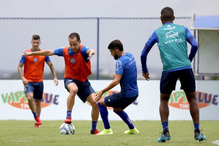 Meia treinou com o restante do elenco, mas ainda não está regularizado na CBF para estrear | Foto: Felipe Oliveira | EC Bahia - Foto: Felipe Oliveira | EC Bahia