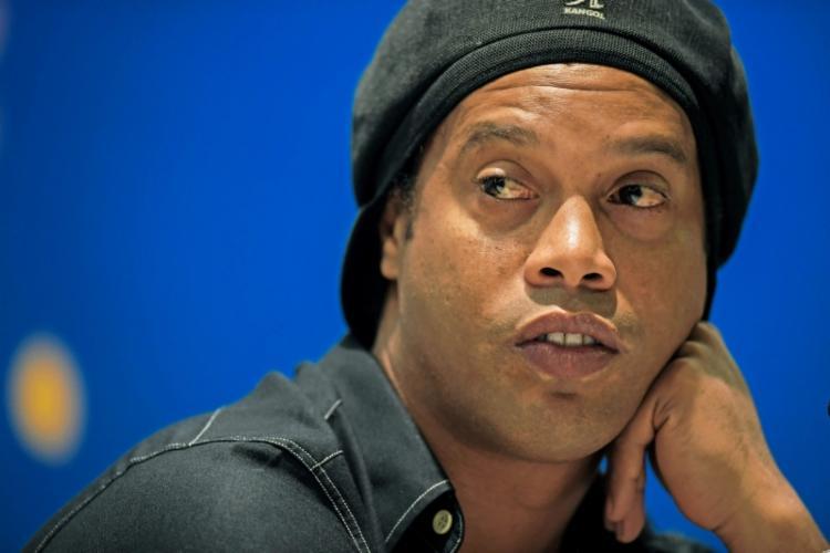 Os representantes do ex-atleta e da 18kRonaldinho não quiseram se manifestar sobre o caso | Foto: Carl de Souza | AFP - Foto: Carl de Souza | AFP
