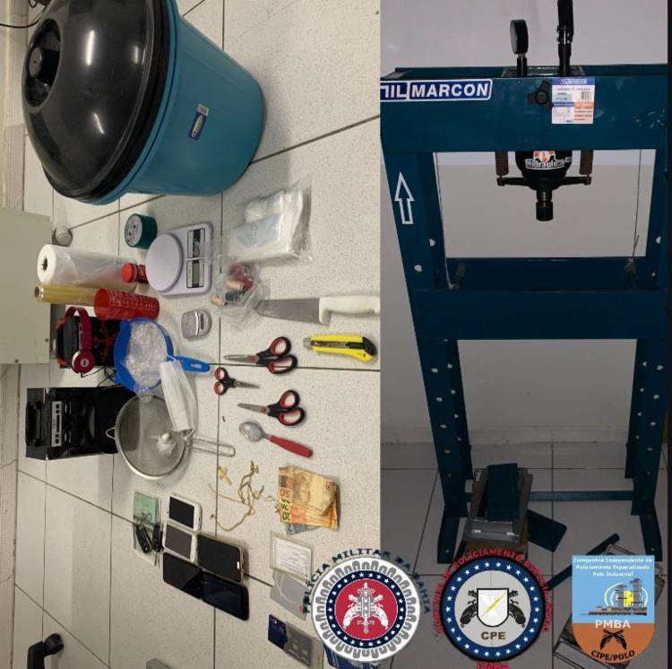 Entorpecentes e materiais para fabricação de drogas foram apreendidos pela CIPE no imóvel em Vera Cruz Foto: Divulgação   CIPE PÓLO - Foto: Divulgação   CIPE PÓLO