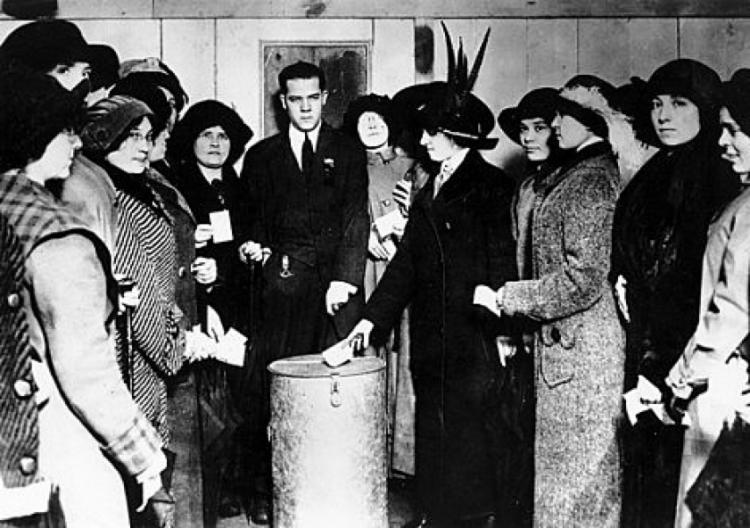 Além do voto, as mulheres também conquistaram a possibilidade de serem eleitas para cargos executivos e legislativos | Foto: Reprodução - Foto: Reprodução