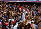 Torcedores do Bahia criam ação para ajudar ambulantes | Raul Spinassé | Ag. A TARDE