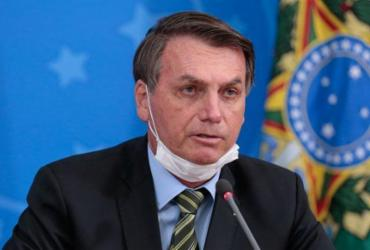 Justiça proíbe Bolsonaro de adotar medidas contra o isolamento | Carolina Antunes | PR