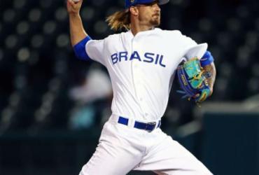 Em quarentena, atleta brasileiro de beisebol conta as horas para rever família | Alex Trautwig | MLB