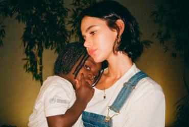 Bruna Marquezine é retratada por crianças refugiadas de projeto que apoia | Reprodução | Instagram