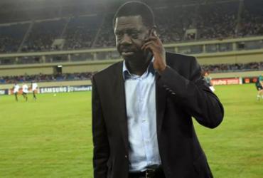 Ex-presidente do Olympique, Diouf tem Covid-19 e é transferido para a França |
