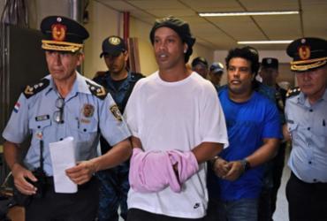 Ronaldinho Gaúcho completa um mês de prisão no Paraguai | Norberto Duarte | AFP