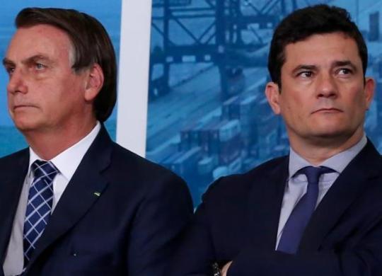 Bolsonaro reclama de Moro e diz que o ministro não ajuda governo em crise do coronavírus   Carolina Antunes   PR