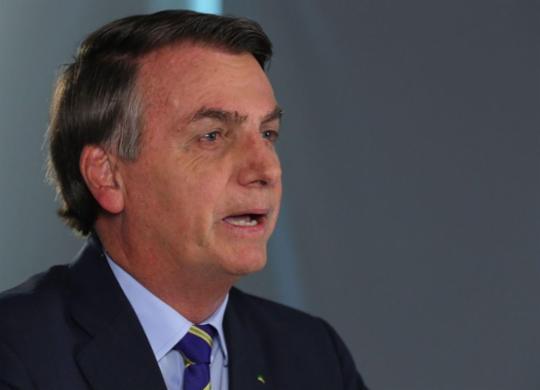 Bolsonaro volta a citar diretor da OMS, mas muda tom em novo pronunciamento | Isac Nóbrega | PR