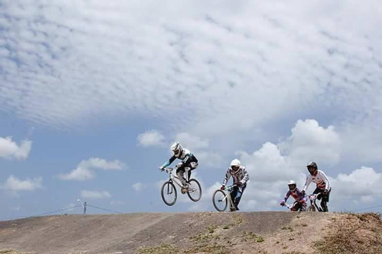 Mais de 100 pilotos participarão da competição || Federação Baiana de Bicicross (FBBX)