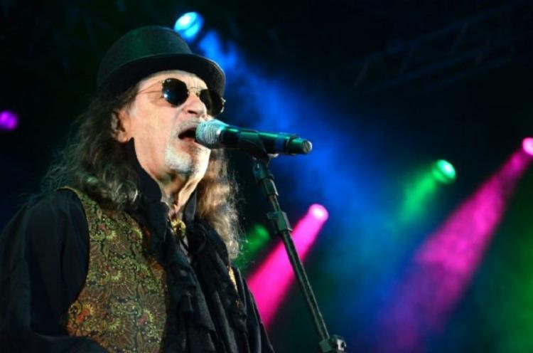 Espetáculo ressalta relação do cantor com a literatura | Foto: Divulgação - Foto: Divulgação