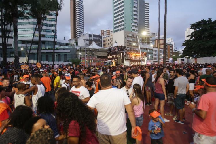 Até o momento, a prefeitura de Salvador mantém os festejos da cidade | Foto: Uendel Galter | Ag. A TARDE - Foto: Uendel Galter | Ag. A TARDE