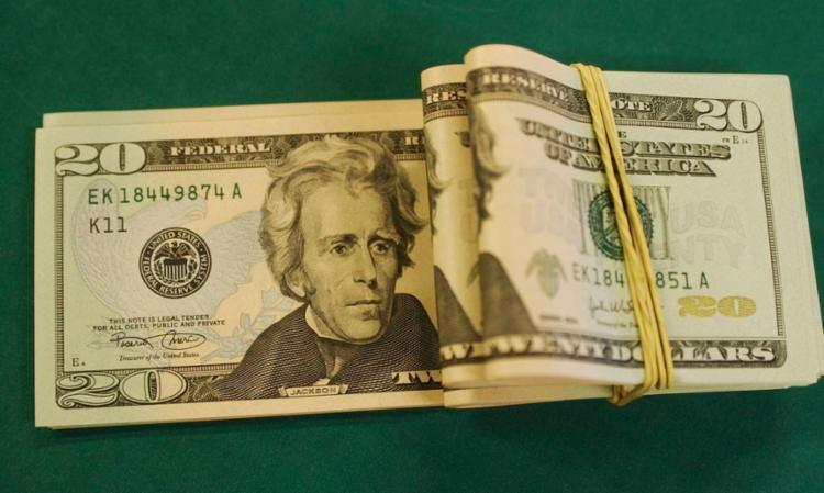 Dólar subiu e voltou a fechar acima de R$ 4,70 | Foto: Marcelo Casall Jr | Agência Brasil - Foto: Marcelo Casall Jr | Agência Brasil