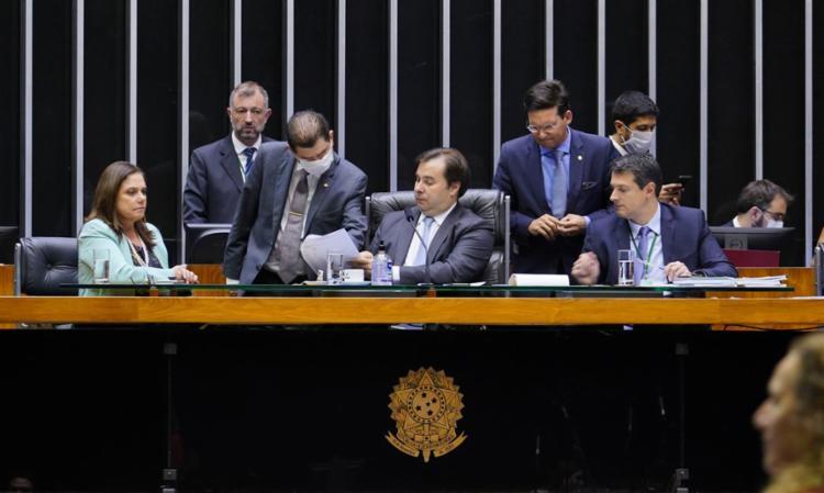 Plenário aprecia a proposta de auxílio durante crise do coronavírus | Foto: Pablo Valadares | Câmara dos Deputados - Foto: Pablo Valadares | Câmara dos Deputados