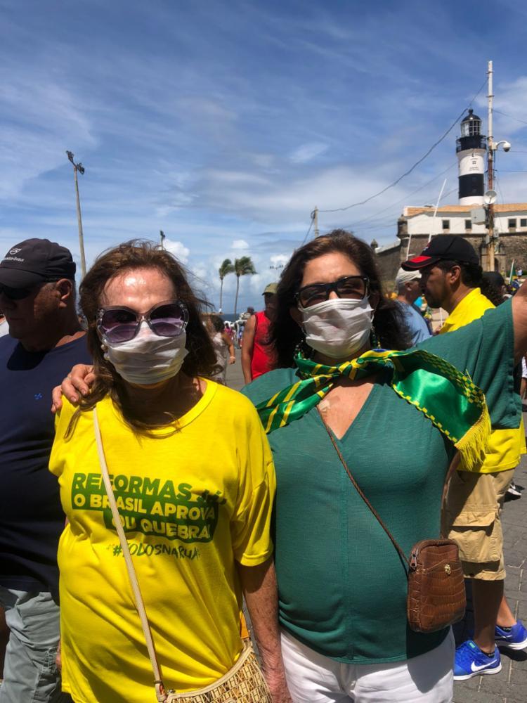 De máscaras, bolsonaristas tentam driblar Covid-19 em protesto | Foto: Reprodução | Twitter