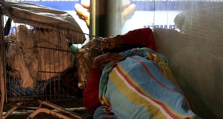 Segundo último Censo SUAS, capital baiana tem mais de 8 mil pessoas em situação de rua | Foto: Adilton Venegeroles | Ag. A TARDE - Foto: Foto: Adilton Venegeroles | Ag. A TARDE