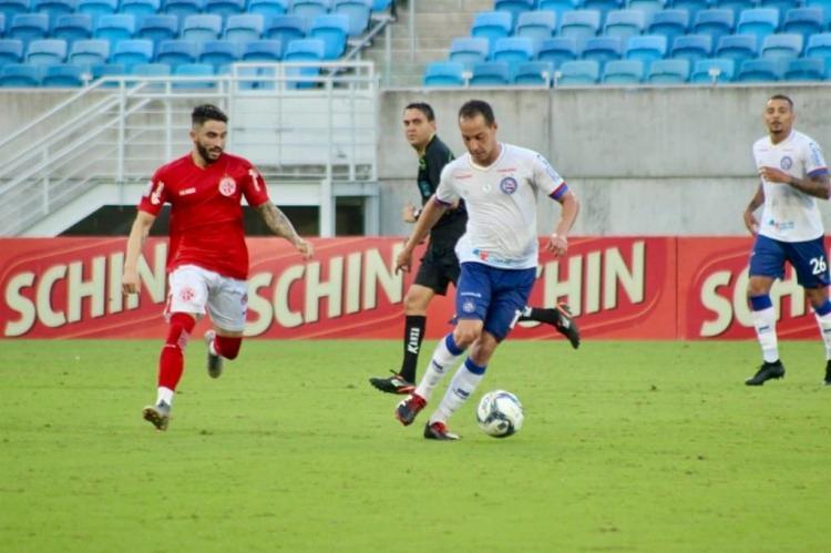 Rodriguinho foi um dos melhores em campo na sua estréia como titular com a camisa do Bahia