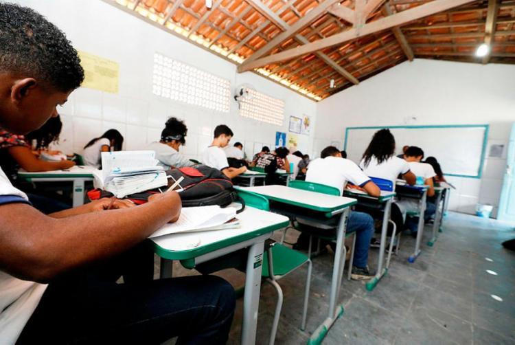 Aulas na rede municipal de ensino foram suspensas no dia 15 de março - Foto: Joá Souza | Ag. A TARDE