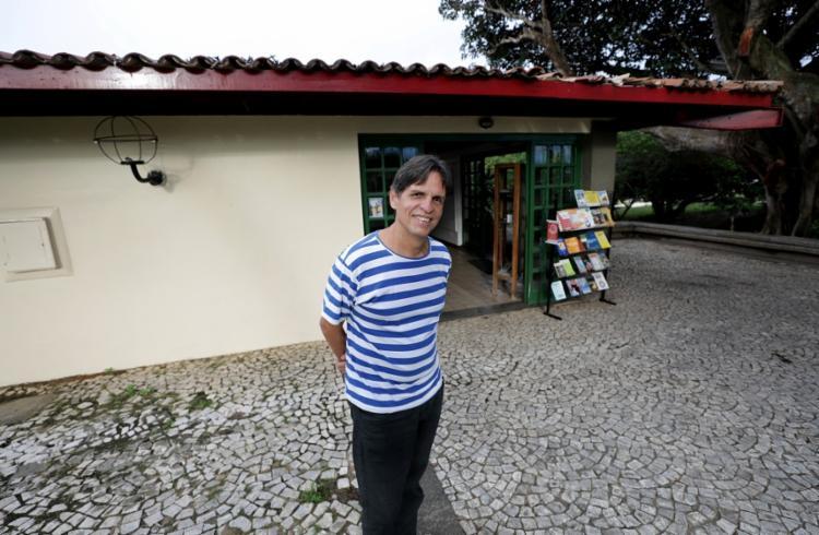 O itapuãzeiro Amadeu Alves fala sobre os projetos das Ganhadeiras - Foto: Adilton Venegeroles/Ag. A TARDE