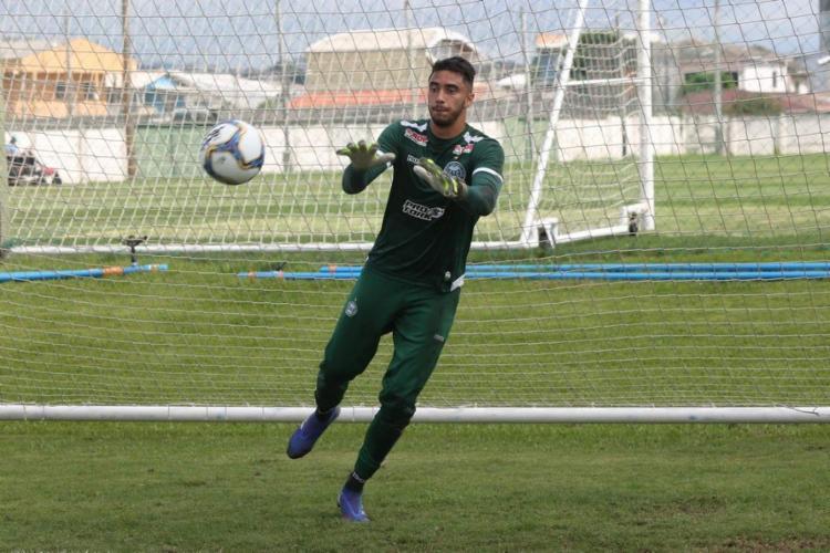 Com 25 anos, o atleta chegou ao Coxa no início desta temporada após se destacar pelo Londrina em 2019 | Foto: Divulgação | Coritiba - Foto: Divulgação | Coritiba