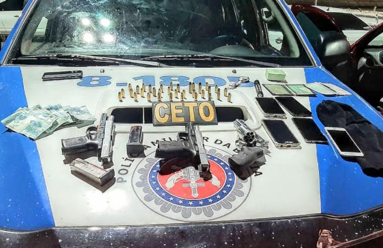 Homens portavam pistolas, revólveres, carregadores e munições - Foto: Divulgação | SSP
