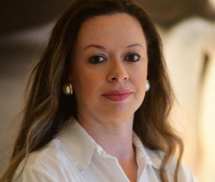 A advogada baiana Isabela Suarez, 39, encara há oito anos a liderança de uma das maiores associações sem fins lucrativos da Bahia | Foto: Moisés Dantas - Foto: Arquivo Pessoal