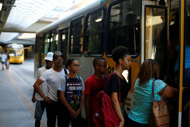 O reajuste foi autorizado pela prefeitura, após garantia da continuidade da renovação da frota de ônibus | Foto: Rafael Martins | Ag. A TARDE - Foto: Rafael Martins | Ag. A TARDE