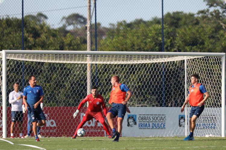 Rodriguinho (E) treina na Cidade Tricolor desde o último dia 18 | Foto: Felipe Oliveira | EC Bahia - Foto: Felipe Oliveira | EC Bahia