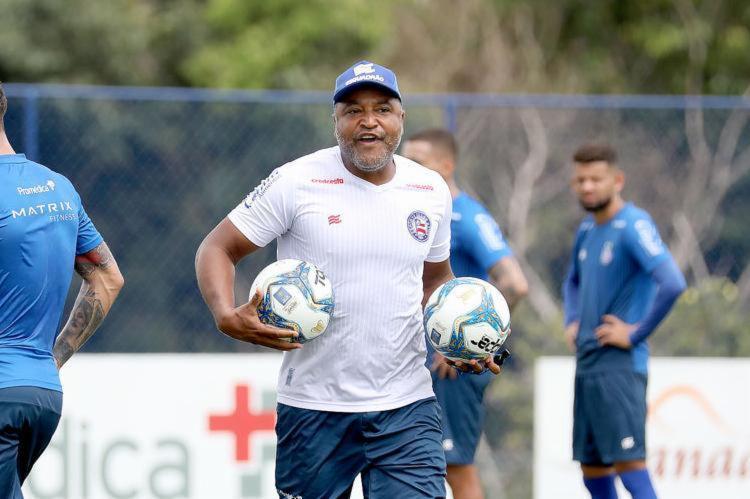 Treinador pretende utilizar o mês de março para tornar o time propositivo - Foto: Felipe Oliveira   EC Bahia