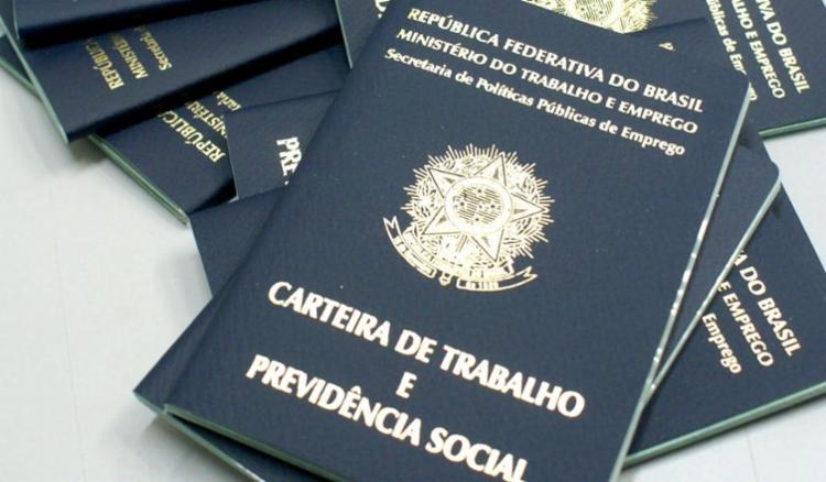 Pedido pode ser feito no aplicativo da Carteira de Trabalho Digital ou no portal gov.br - Foto: Divulgação