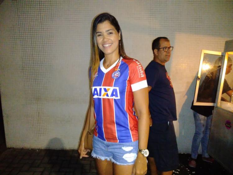 Torcedora tricolor, Jéssica Silva foi ao show após jogo do Bahia | Foto: Shagaly Ferreira | Ag. A TARDE