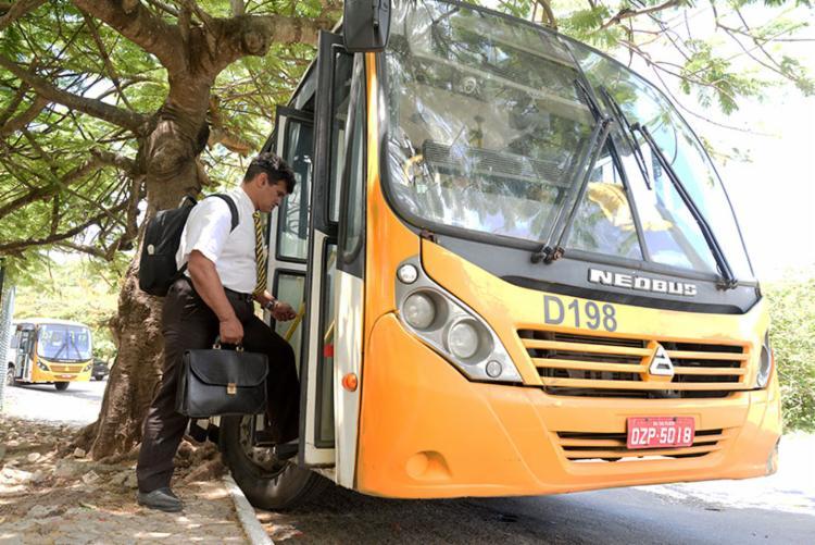 Só serão integrados ônibus com acessibilidade e é necessário que o veículo tenha, no máximo, 8 anos de uso   Foto: Matheus Buranelli   Ag. A TARDE - Foto: Matheus Buranelli   Ag. A TARDE
