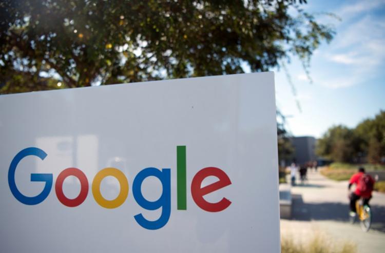 Medida foi anunciada pela sede europeia do Google após sintomas de gripe apresentados por uma pessoa | Foto: Josh Edelson | AFP - Foto: Josh Edelson | AFP