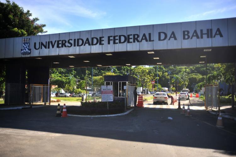 Suspensão afeta calendário acadêmico, além de concursos e editais | Foto: Felipe Iruatã | Ag. A TARDE | 3.5.2019 - Foto: Felipe Iruatã | Ag. A TARDE | 3.5.2019