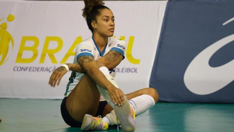 A ponteira de 23 anos atua pelo Sesc-RJ, clube do técnico Bernardinho | Foto: Marcio Mercante | Sesc - Foto: Marcio Mercante | Sesc
